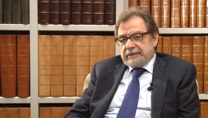 Avenir de la presse papier : les doutes de Juan Luis Cebrian
