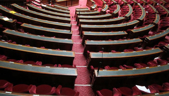 Le Sénat votera la loi sur l'audiovisuel début octobre