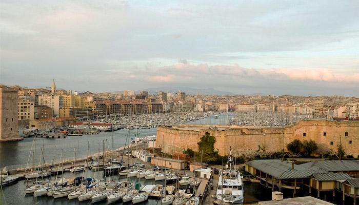 Olivier Bertrand, Marseille et le journalisme « viril »