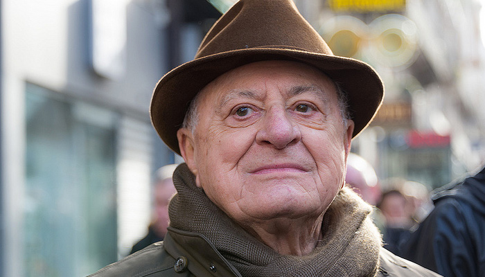 Pierre Bergé « désapprouve » le cahier livres du Monde