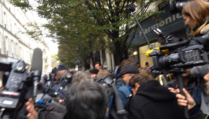 Un homme armé prend d'assaut Libération