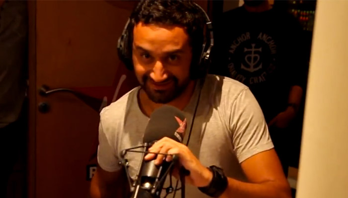Hanouna ne toucherait au final « que » 100 000 euros par mois
