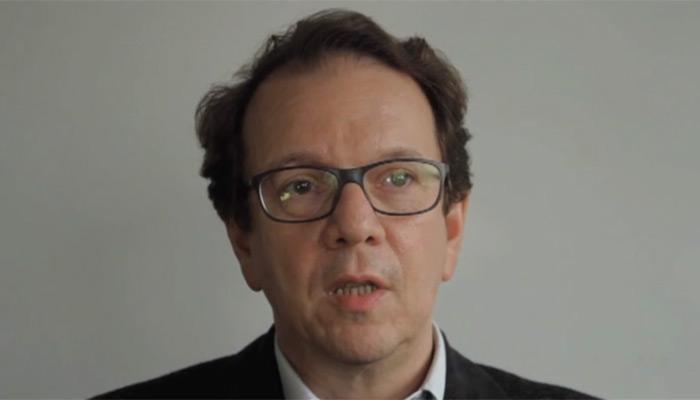 Le patron de France Info quitte ses fonctions