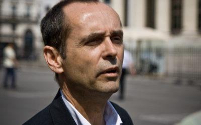 Robert Ménard n'a pas traité Julian Bugier d'« imbécile»