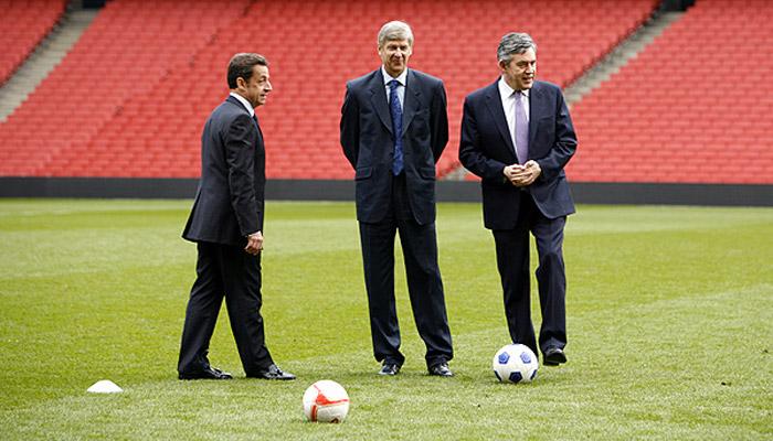 Le Grand Journal voulait recruter Sarkozy comme chroniqueur foot