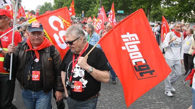 Presse : la marmite syndicale prête à exploser