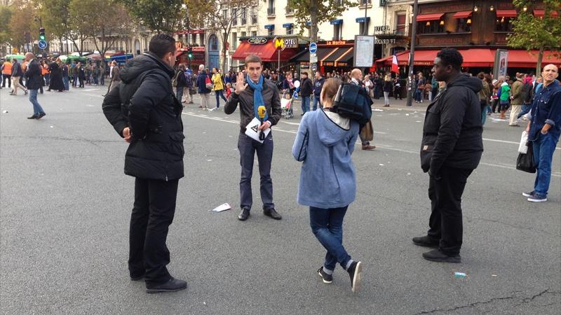 Des journalistes couvrent la manif pour tous… avec des gardes du corps !