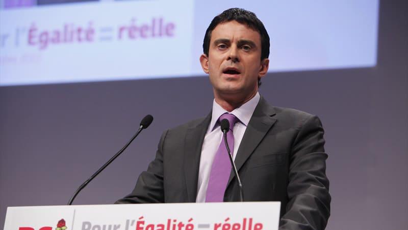 Manuel Valls est pro-GPA pour Têtu, anti-GPA pour La Croix