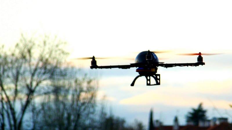 Drones au-dessus des centrales nucléaires : où sont les journalistes ?