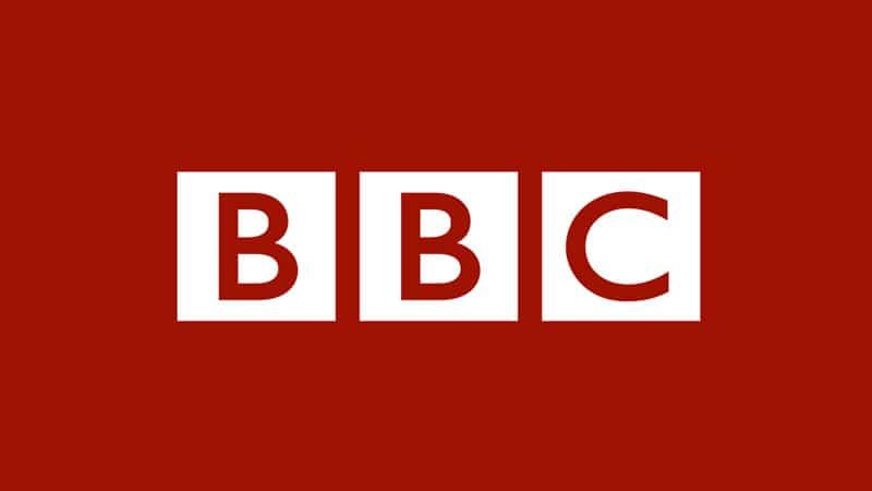 Le patron de la BBC, Tony Hall, contraint à la démission
