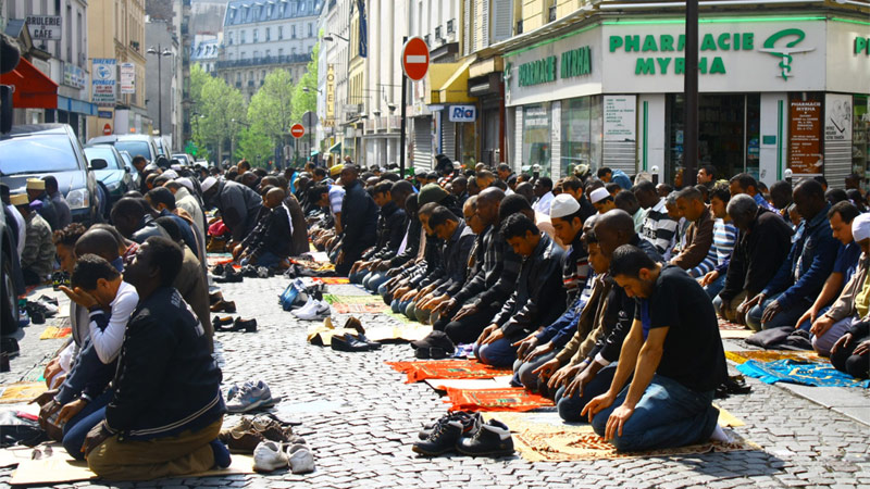 Paris et ses musulmans : la télé russe emboîte le pas à Fox News