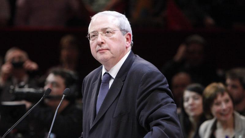Jean-Paul Huchon veut poursuivre Le Figaro et Marianne en diffamation