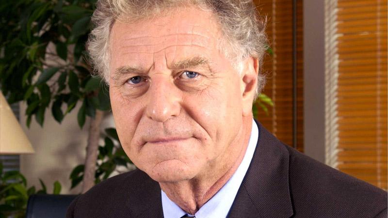 Robert Namias