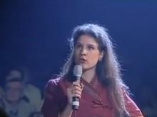 En 2002, Apolline de Malherbe, âgée de 22 ans, s'engage politiquement en soutenant officiellement la candidature de Jean-Pierre Chevènement pour l'élection présidentielle