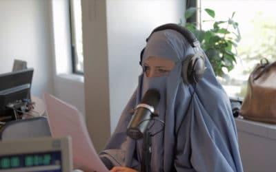 En réponse à Marianne, Beur FM sort les burqas et les djellabas