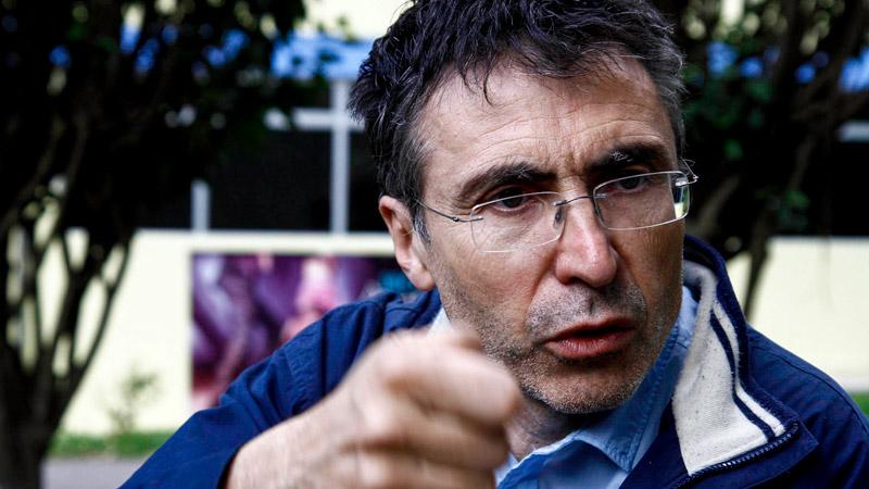 Pierre Carles : « porte-caméra de la gauche critique »