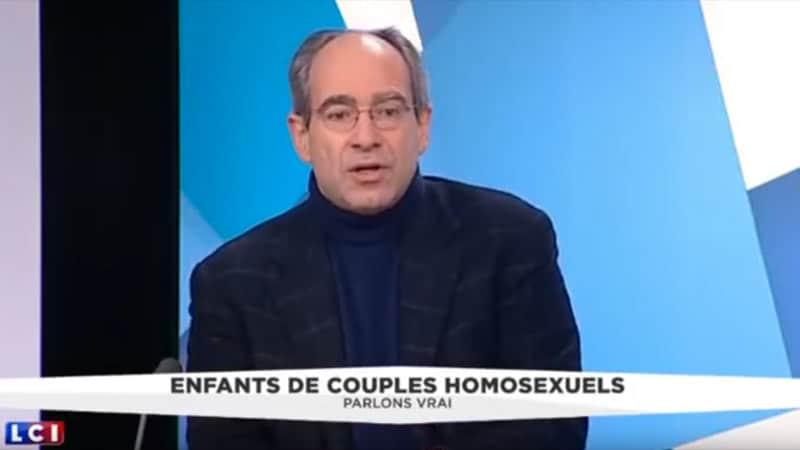 Enfants adoptés par des couples homos : LCI retire le témoignage d'un psychiatre