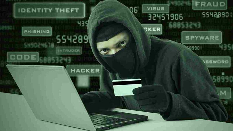 Pour L'Express, le terrorisme n'existerait pas sans internet