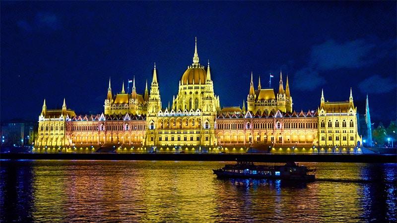 En Hongrie, le Fidesz a imposé le pluralisme dans les médias
