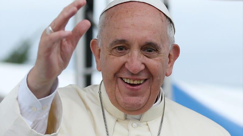 Le pape François « fâché contre les médias »