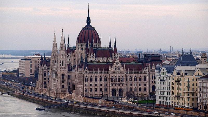 Les médias hongrois et l'élection de Trump : inquiétudes et triomphe