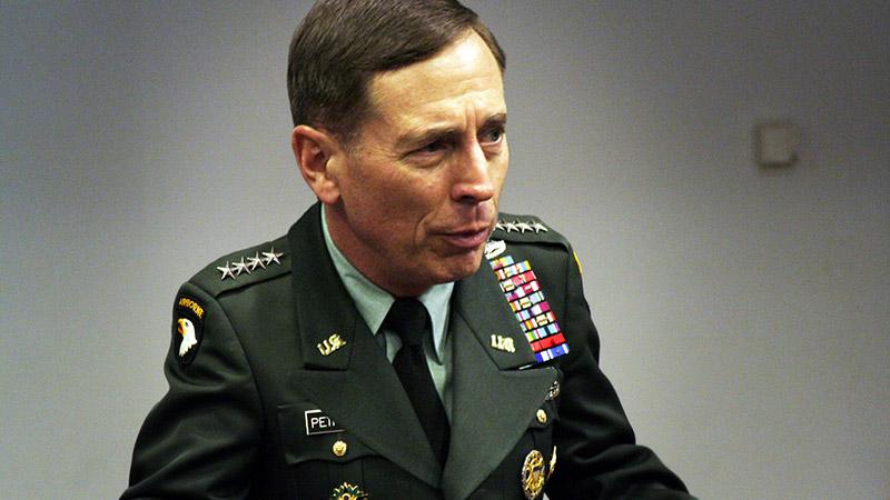 David Petraeus : ex-chef de la CIA, nouveau magnat des médias en Europe de l'Est. Troisième partie