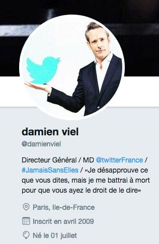 N'est-ce pas ce patron de Twitter, celui qui ferme les comptes supposément droitiers, dont le propre compte porte en exergue la fameuse proposition de Voltaire...