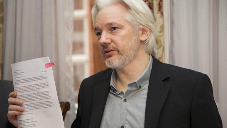 La « justice » britannique : Julian Assange toujours sous mandat d'arrestation