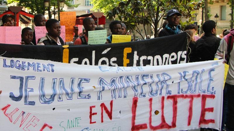Mineurs étrangers : une filière d'immigration en pleine expansion et à bas bruit médiatique