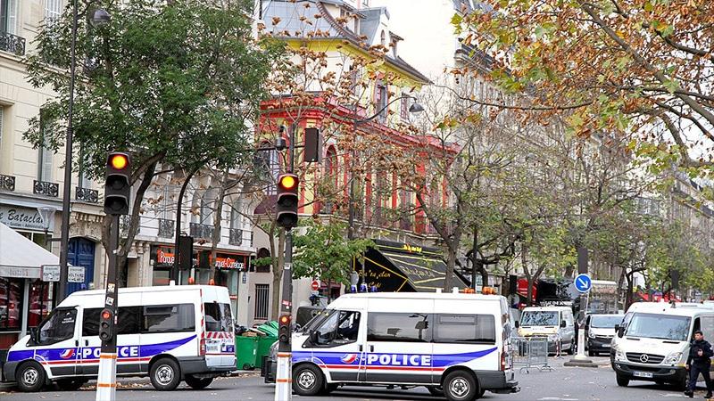 De la France Interdite à l'islamisation des banlieues, le fantasme devenu réalité décrit par des journalistes