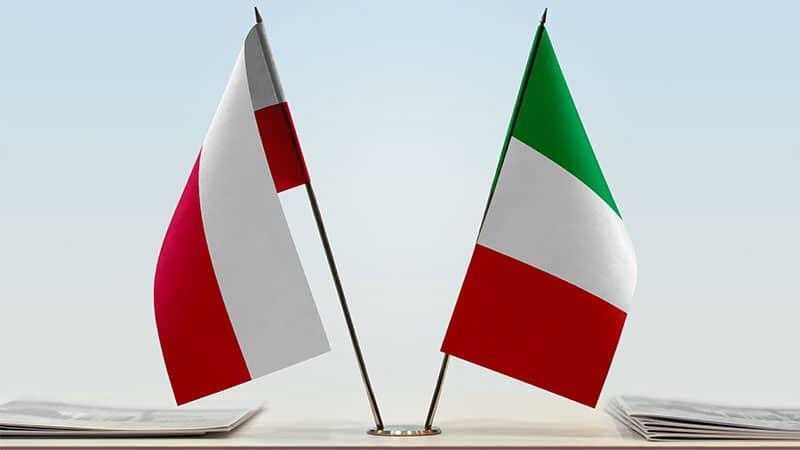 Salvini rencontre Kaczyński à Varsovie : les médias européens partagés entre espoirs à droite et inquiétudes à gauche