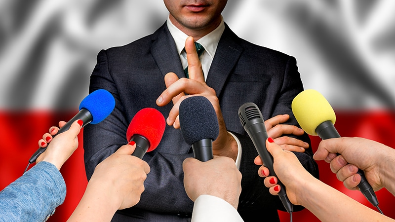 Médias en Europe de l'est : George Soros veut racheter des stations de radio en Pologne