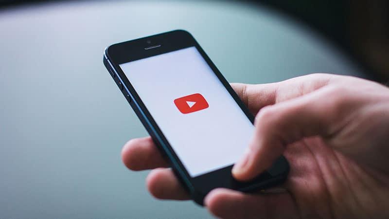 YouTube sort son label pour les élections européennes