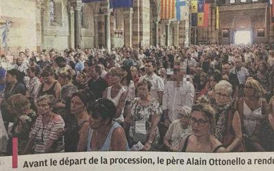Censure à La Provence qui floute la photo d'un sénateur indésirable