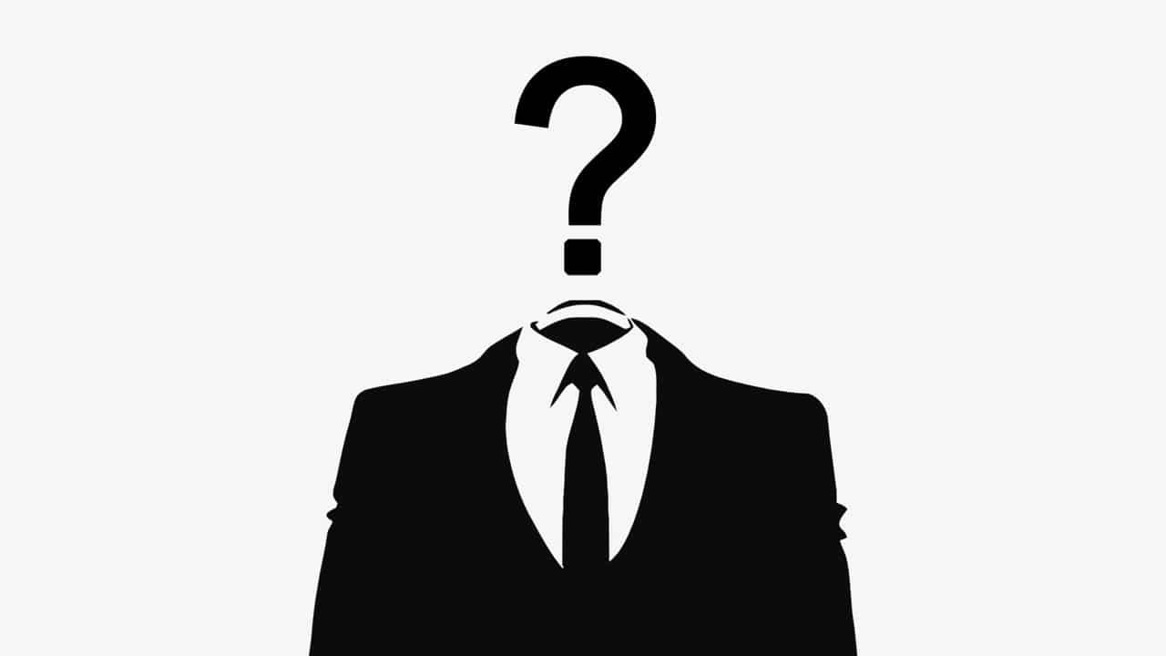 """Quand CNews anonymise les antifas en de simples """"militants"""""""