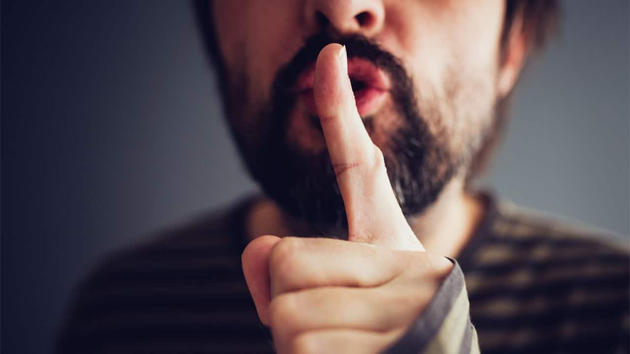 Attaque au couteau à Reading: les médias pressés de passer à autrechose