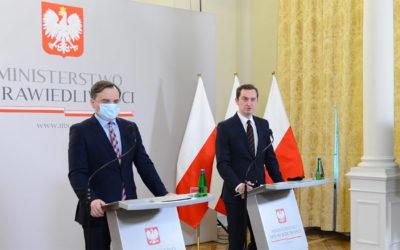 Un projet de loi contre la censure des médias sociaux en Pologne