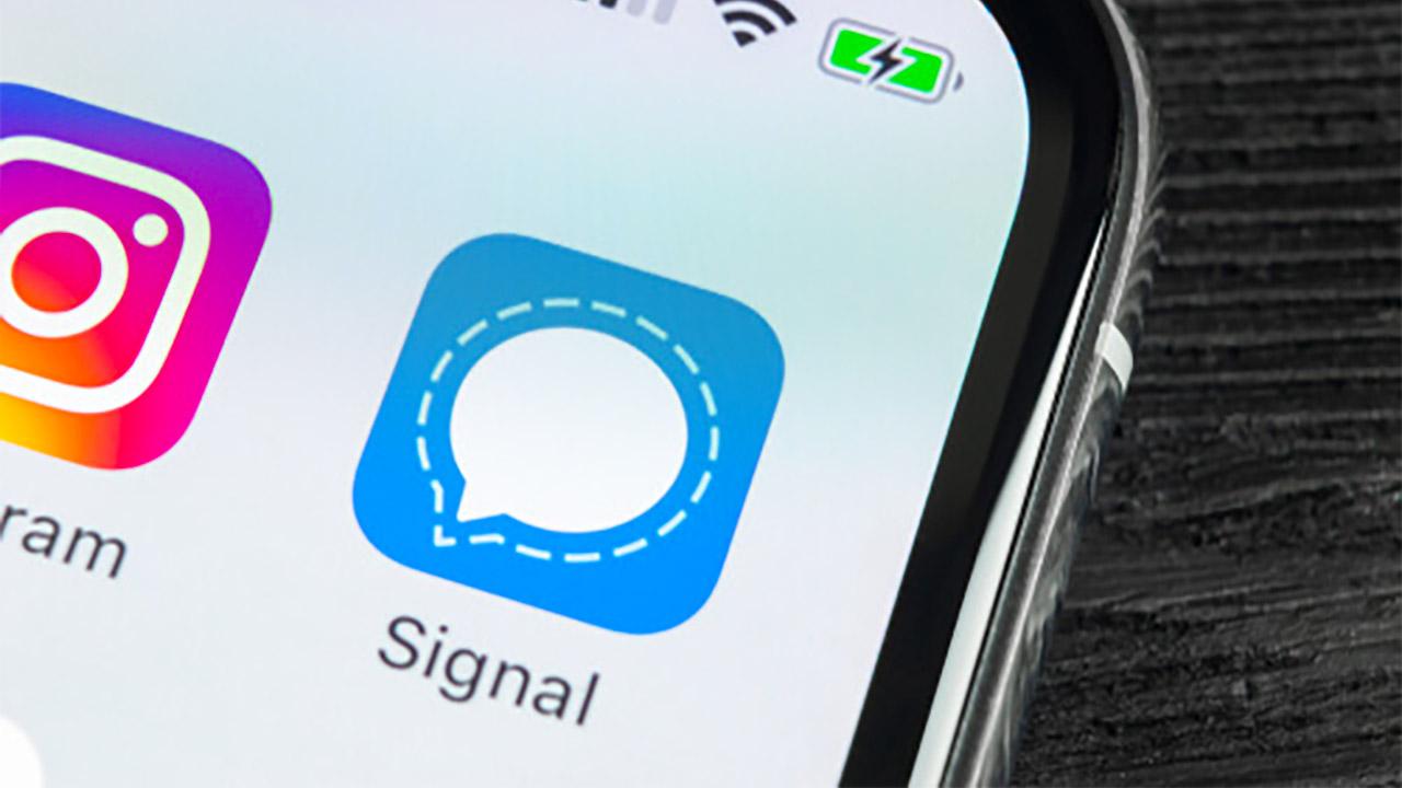 Signal en forme, WhatsApp en déclin